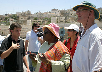South African human rights activists and MPs visit Hebron, July 9, 2008. (Najeh Hashlamoun/APA /Landov)